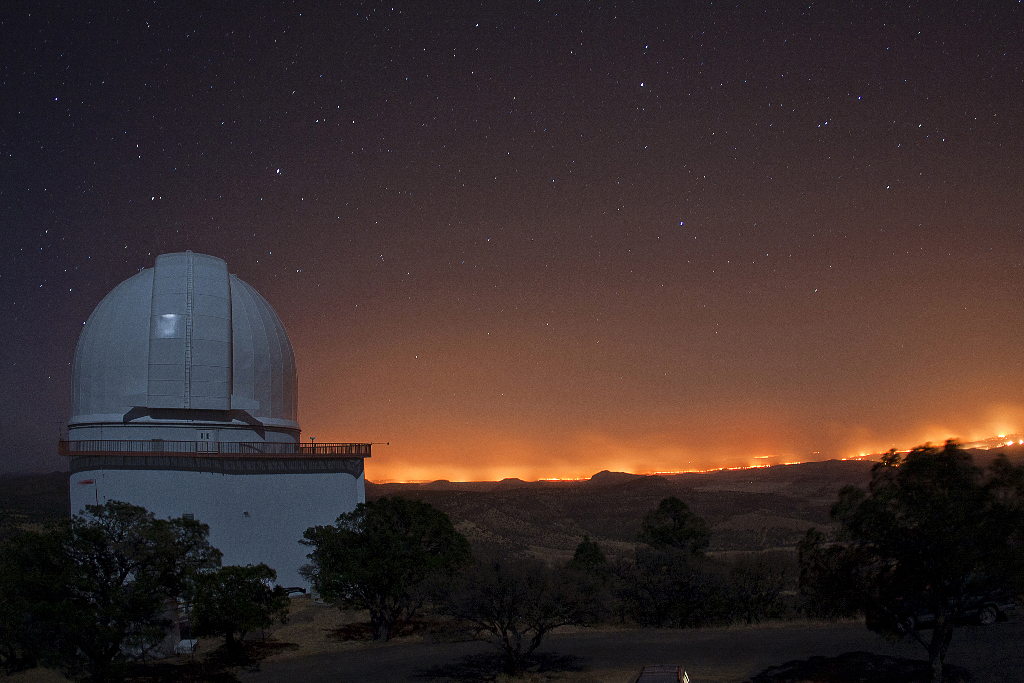 Wildfire at McDonald Observatory, 2011