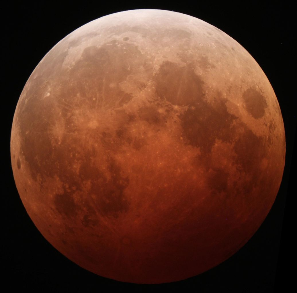Total lunar eclipse, October 2014