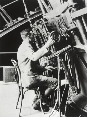 Edwin Hubble at the 100-inch Hooker Telescope