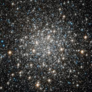 Hubble Space Telescope view of Messier 10