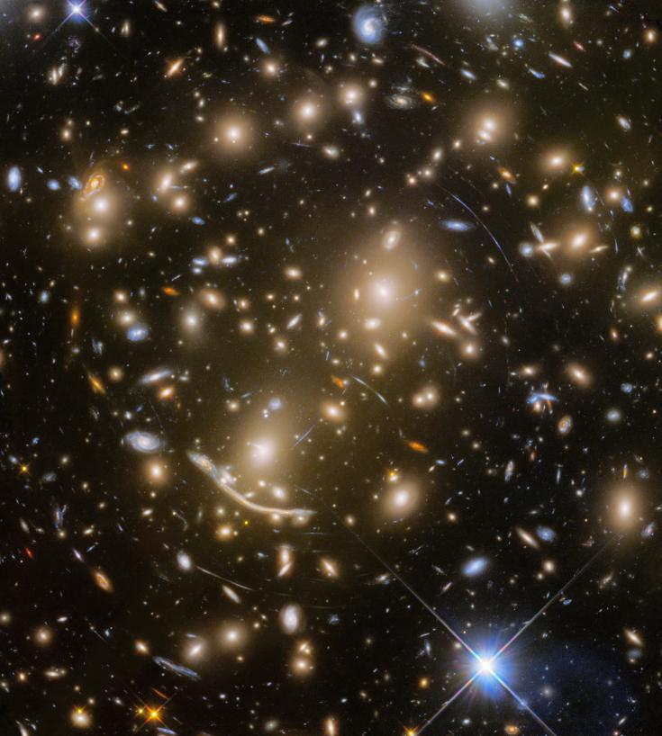 Hubble Space Telescope image of galaxy cluster Abell 370