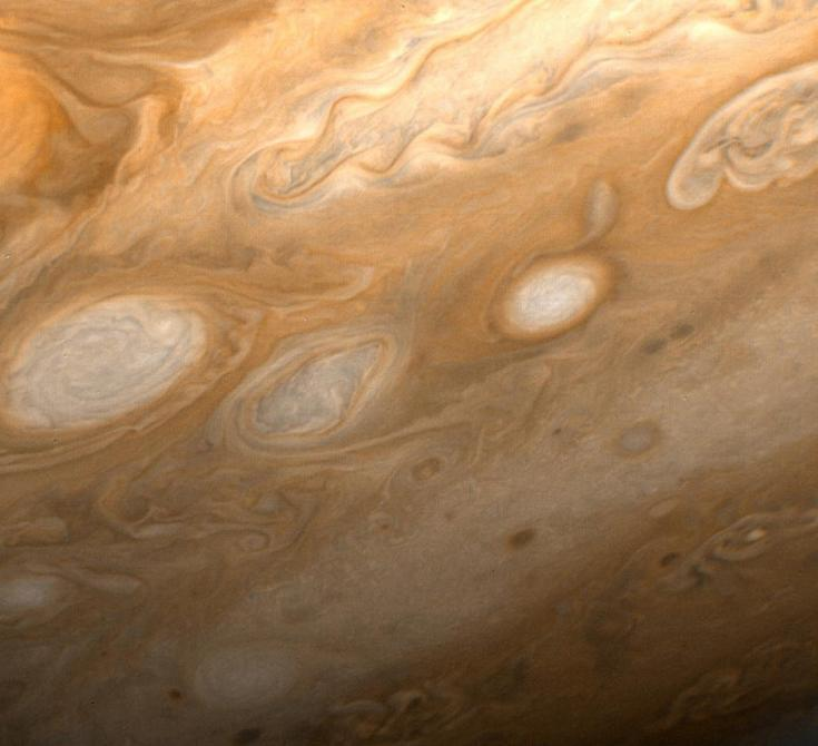 Voyager 1 view of white oval storms on Jupiter