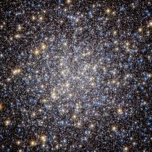 Hubble Space Telescope view of the core of M13, a globular cluster in Hercules