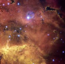 Hubble view of NGC 2467
