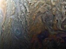 Juno view of Jupiter's clouds