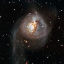 the merging galaxy ngc 3256